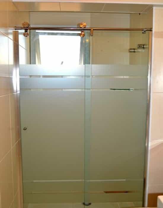 Comprar Box para Banheiro de maneira rápida com praticidade em poucos passos, basta apenas a largura do box para solicitar orçamento.