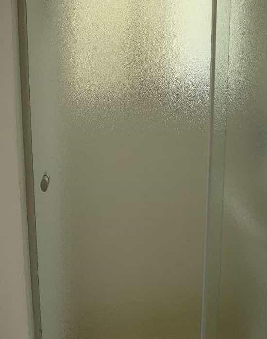 Box para banheiro modelo frontal 02 folhas vidro antílope temperado de 8 mm com preços promocionais a pronta entrega com garantia total de qualidade.