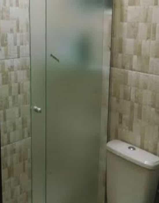 Box Resistência de vidro temperado é conhecido por sua resistência obtida a partir do tratamento térmico submetido durante o seu tratamento, box vidro banheiro