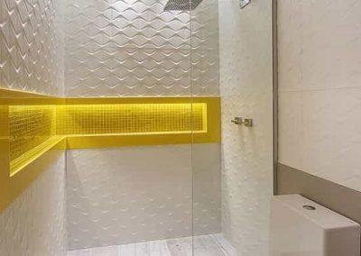 Box de banheiro estilo para ducha com peça fixa. Vidro temperado de 8 mm.