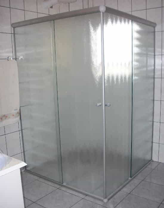 Box de vidro antílope de canto